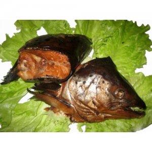 <p><strong>Головы семги копченые</strong><br /><strong>Capuri de somon afumate</strong><br /><strong>Smoked&nbsp;salmon head</strong></p>