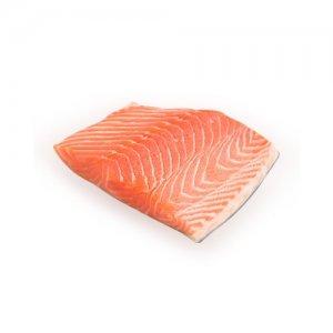 <p><strong>Семга соленая<br />Somon sărat<br />Salted salmon<br /></strong></p>